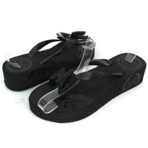 BCBG Women's Black Wedge Platform Sandals Size 7
